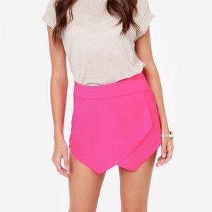 NWOT Hot Pink Shorts/Skort Size M